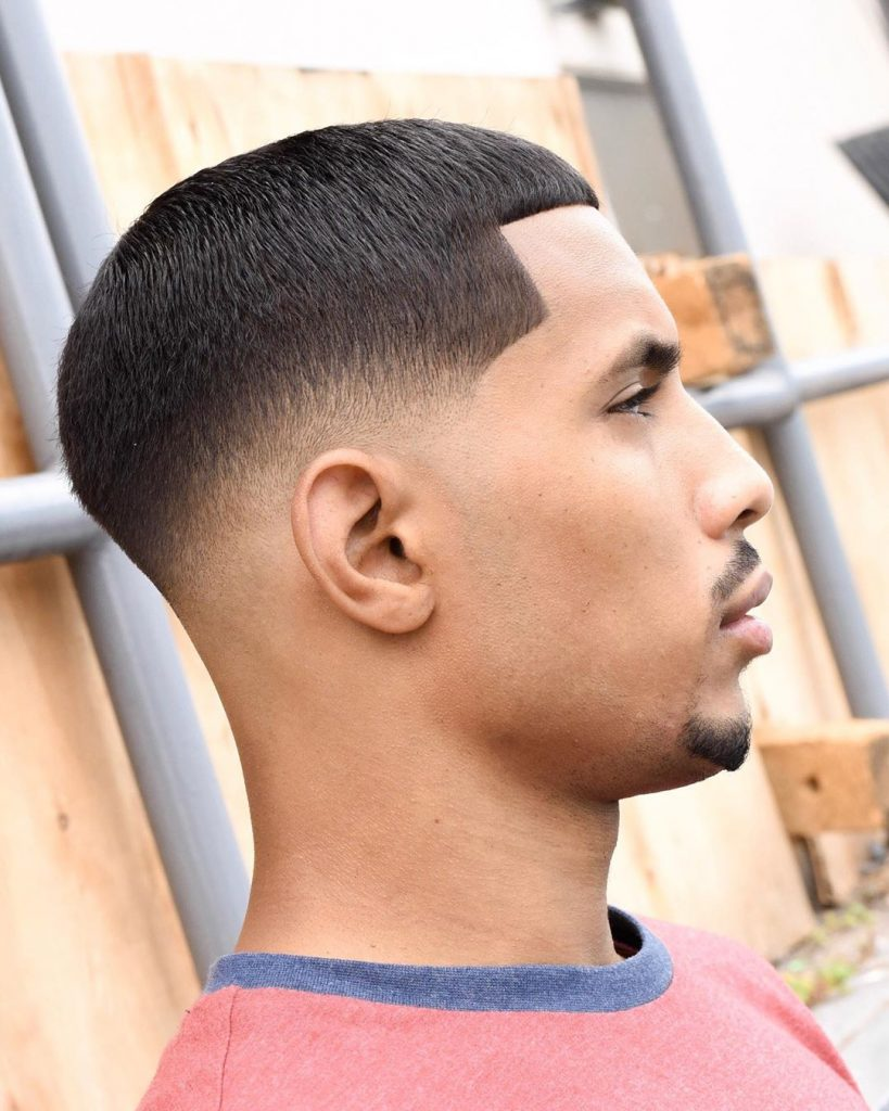 Short hairstyles for men - low fade haircut
